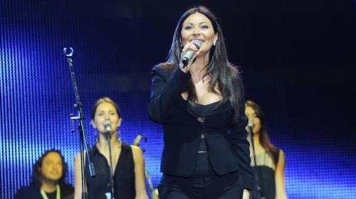 "Ceca posvetila pesmu ""Pile"" maloj Tijani i rasplakala publiku! (FOTO)"