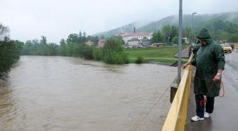 Bosna premašila kotu redovne odbrane od poplava