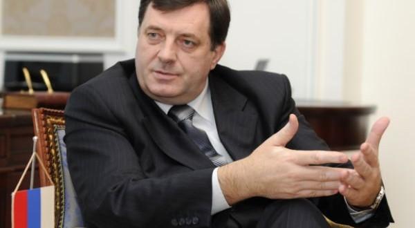 Dodik: Izetbegović krši Ustav, u Doboju turistički