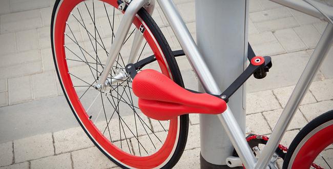 Kreativan način zaključavanja bicikla