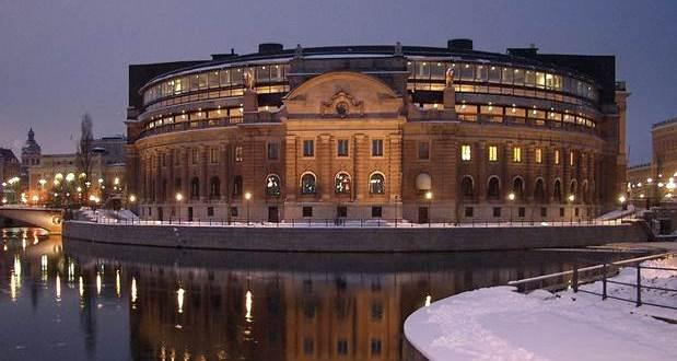 Švedska sledeće godine prima imigrante: Plata skoro 3000 evra, a evo šta se traži