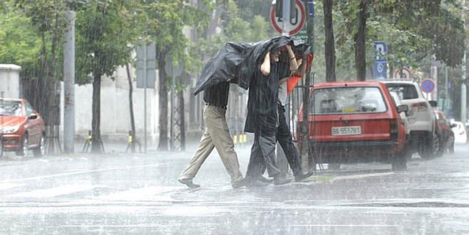 Pretežno oblačno uz kišu (31.07.2015)