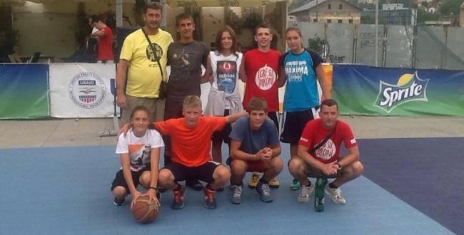 """KK """"WBS Teslić"""" ostvario zavidne rezultate na Igrama mladih BiH (FOTO)"""