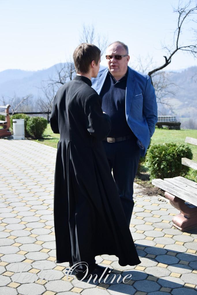 Ministar Bogdanić sa župnikom Ivanom