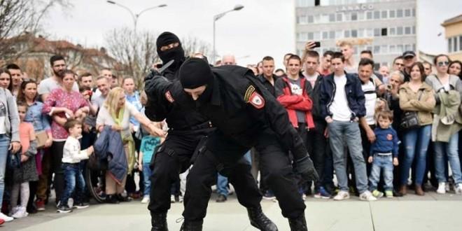Evropa traži udar na teroriste, ali osuđuje obuku policajaca RS