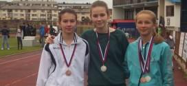 Teslićke atletičarke okitile se medaljama!