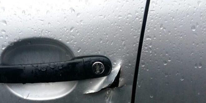 U ulici Jovana Dučića u Tesliću pokušaj krađe automobila!
