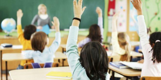 Настава у школама у РС почиње у понедјељак