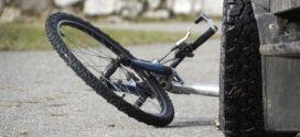 TESLIĆ – Automobilom udario ženu na biciklu