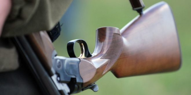Lovac u Tesliću upucao kolegu misleći da je divljač