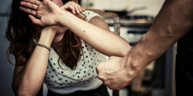 TESLIĆ – Fizički napao suprugu