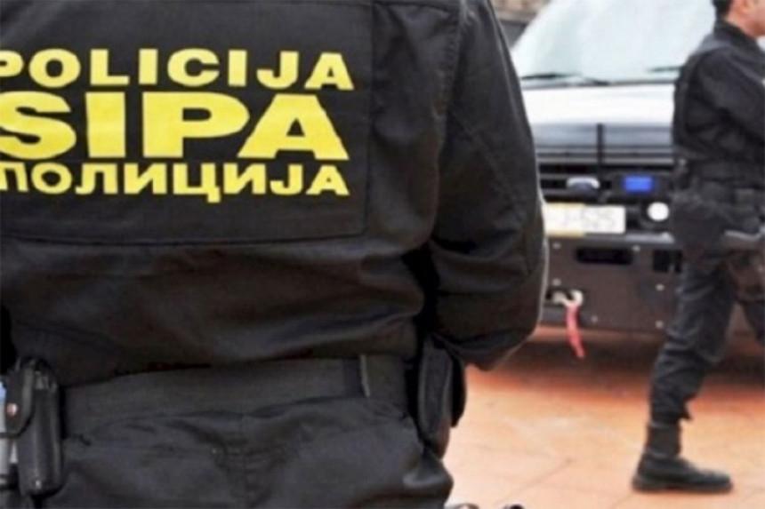 AKCIJA SIPE U TESLIĆU: Uhapšen sa tri kilograma spida